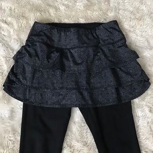 Athleta 2 in 1 athletic pants with built in skirt